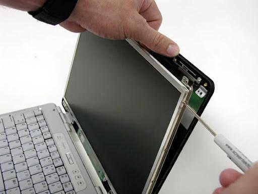 Цена замены экрана ноутбука в Алматы